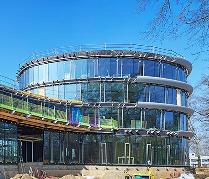 Triodos office building reaches highest point